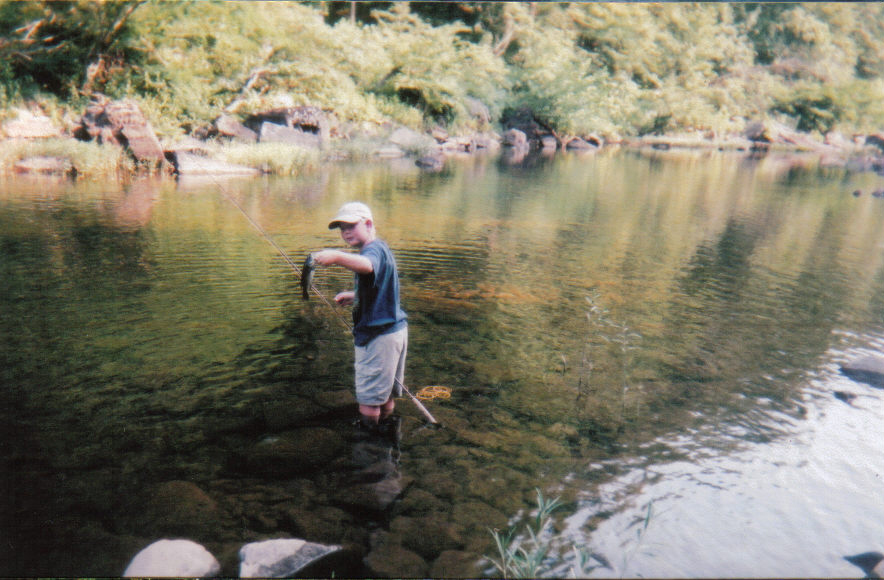 Dustin mccurley little river bass for Trout fishing in alabama
